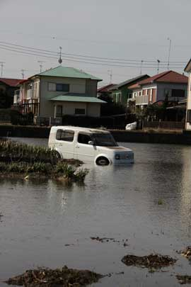 津波で押し流されてしまった車